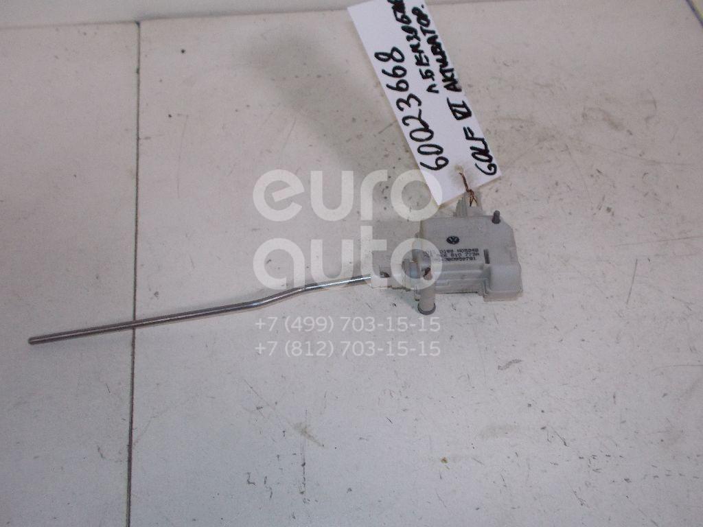 Активатор замка крышки бензобака для VW Golf VI 2009-2012 - Фото №1