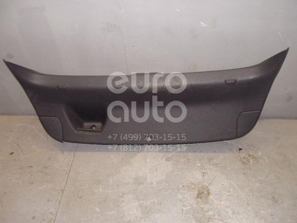 Обшивка двери багажника для Opel Astra J 2010> - Фото №1
