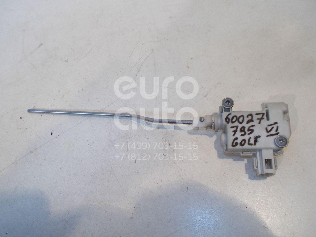Активатор замка крышки бензобака для VW Golf VI 2009-2013 - Фото №1