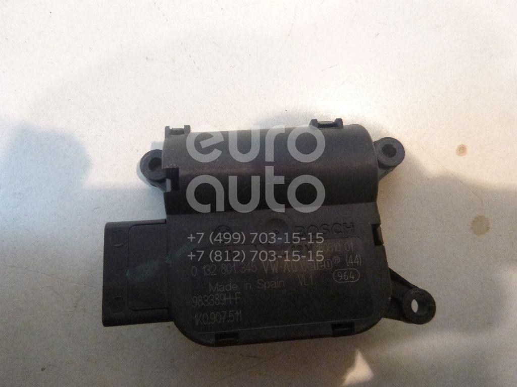 Моторчик заслонки отопителя для VW Jetta 2006-2011;Alhambra 1996-2001;Caddy III 2004>;Passat [B6] 2005-2010;Golf V 2003-2009;Octavia (A5 1Z-) 2004-2013;Passat CC 2008>;Jetta 2011> - Фото №1