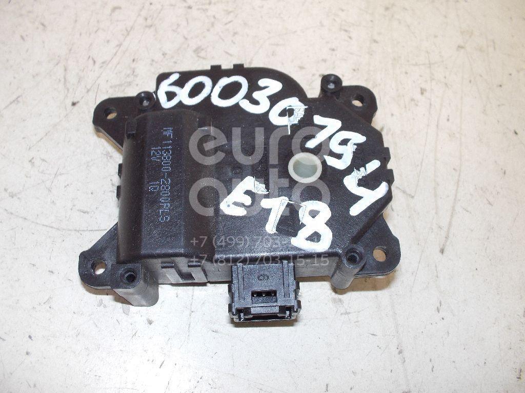 Моторчик заслонки отопителя для Toyota Auris E18 2012> - Фото №1
