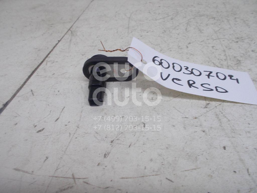 Выключатель концевой для Toyota,Lexus Verso 2009>;Land Cruiser (100) 1998-2007;Avensis II 2003-2008;Avensis Verso (M20) 2001-2009;LX 470 1998-2007;4 Runner/Hilux Surf 1995-2002;Camry V40 2006-2011;RX 300/330/350/400h 2003-2009;RAV 4 2000-2005 - Фото №1
