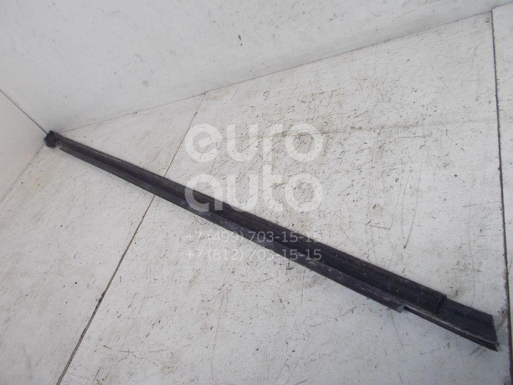 Накладка стекла переднего левого для VW Polo (HB) 2009> - Фото №1