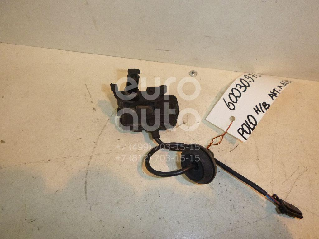 Активатор замка крышки бензобака для VW Polo (HB) 2009> - Фото №1