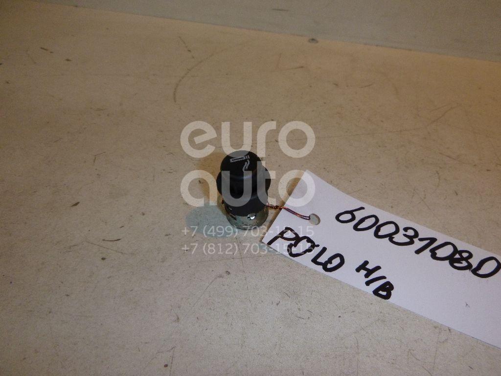 Прикуриватель для VW Polo (HB) 2009>;100 [C4] 1991-1994;A2 [8Z0] 2000-2005;A3 (8L1) 1996-2003;A4 [B5] 1994-2000;A6 [C4] 1994-1997;A8 1994-1998;TT(8N3) 1998-2006;Golf IV/Bora 1997-2005;LT II 1996>;Passat [B5] 1996-2000 - Фото №1