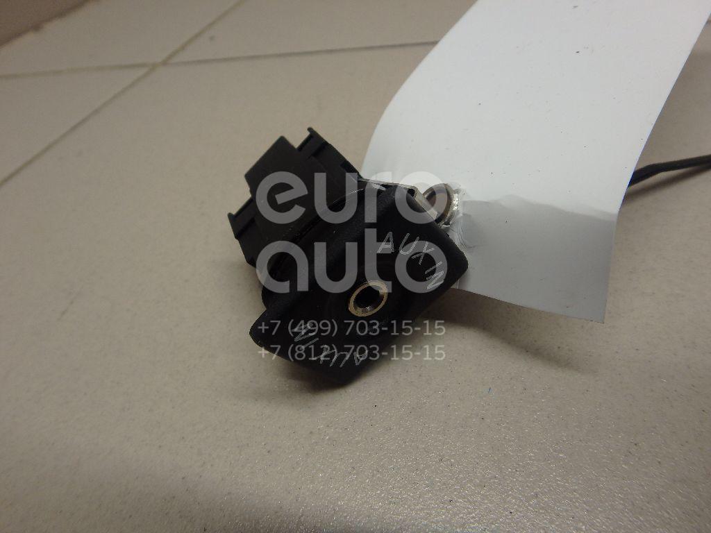 Купить Разъем VW Touareg 2010-; (5M0035724)