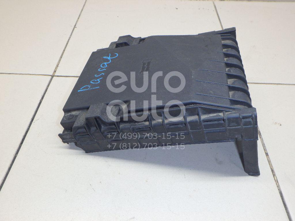 Купить Крышка блока предохранителей VW Passat [B6] 2005-2010; (1K0937132F)