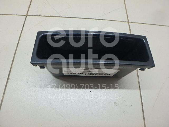 Купить Ящик передней консоли Mercedes Benz Vito/Viano-(639) 2003-2014; (9066890047)