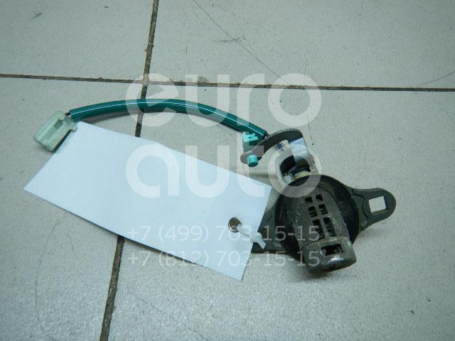 Купить Вставка замка багажника Mazda MPV II (LW) 1999-2006; (CBY276260A)