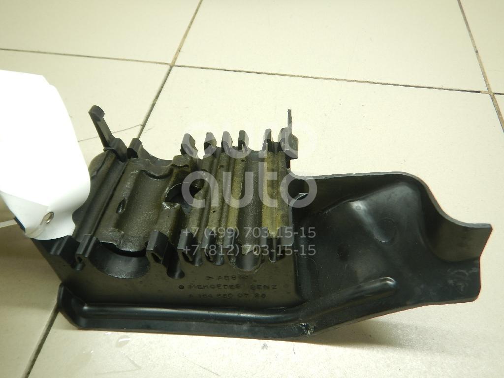 Купить Накладка (кузов внутри) Mercedes Benz GL-Class X164 2006-2012; (1646800725)