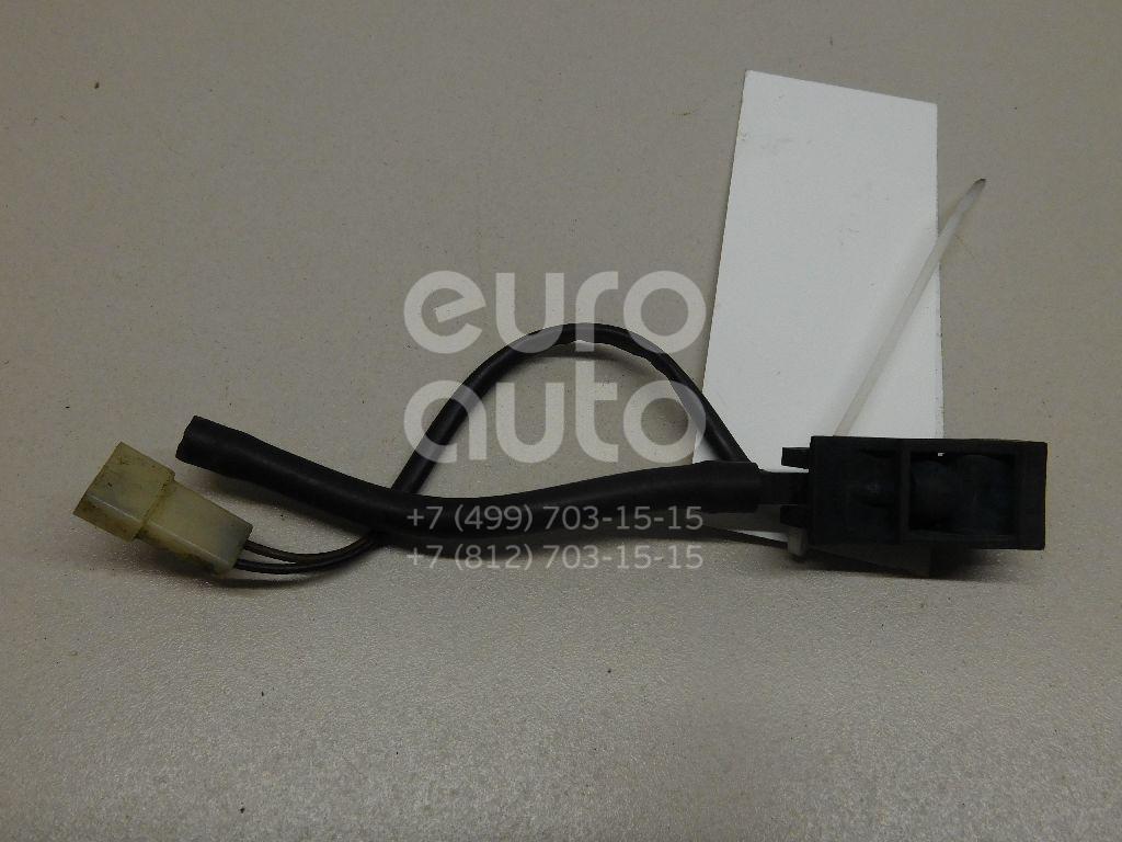 Купить Форсунка омывателя лобового стекла VW Passat [B5] 1996-2000; (6E0955986)