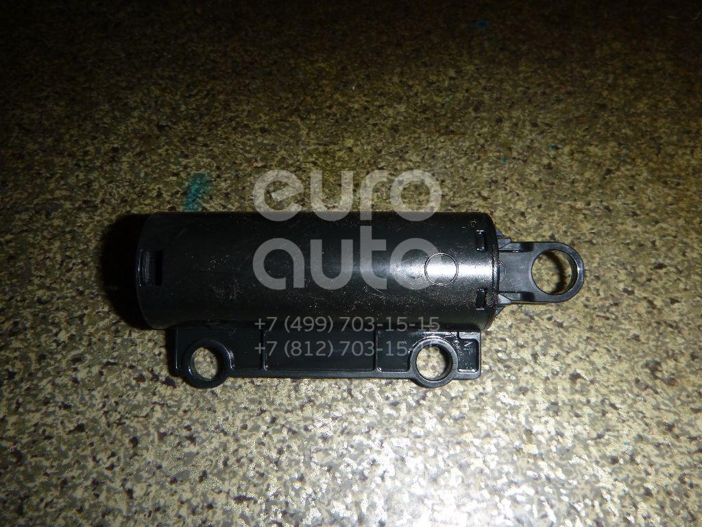 Купить Демпфер бардачка Nissan Juke (F15) 2011-; (685131KK0A)
