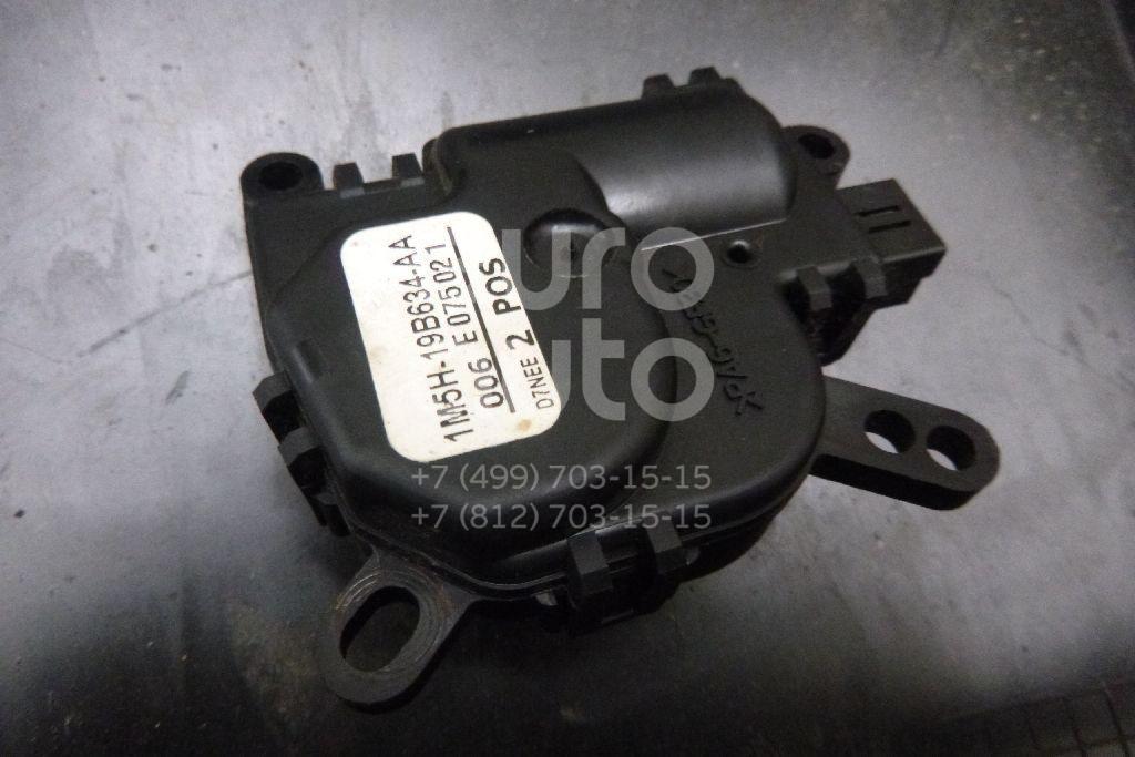 Купить Моторчик заслонки отопителя Ford Focus I 1998-2005; (1M5H19B634AA)