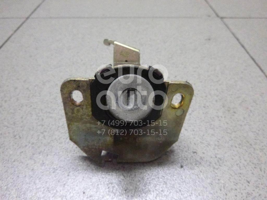 Купить Вставка замка багажника Lexus IS 200/300 1999-2005; (6905553020)