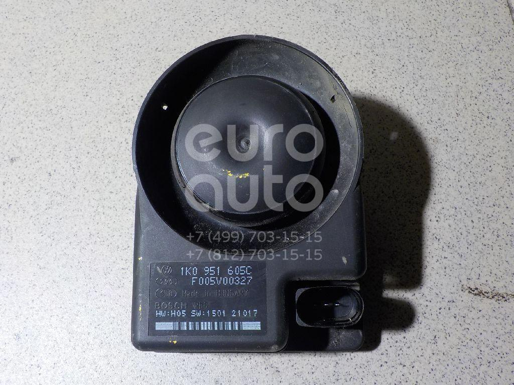 Сирена сигнализации (штатной) для Skoda,Audi,VW Octavia (A5 1Z-) 2004-2013;A6 [C6,4F] 2005-2011;A3 [8PA] Sportback 2004-2013;A8 [D3,4E] 2003-2010;Caddy III 2004-2015;Golf V Plus 2005-2014;Q7 [4L] 2005-2015;Passat [B6] 2005-2010;Golf V 2003-2009;Touran 2003-2010 - Фото №1