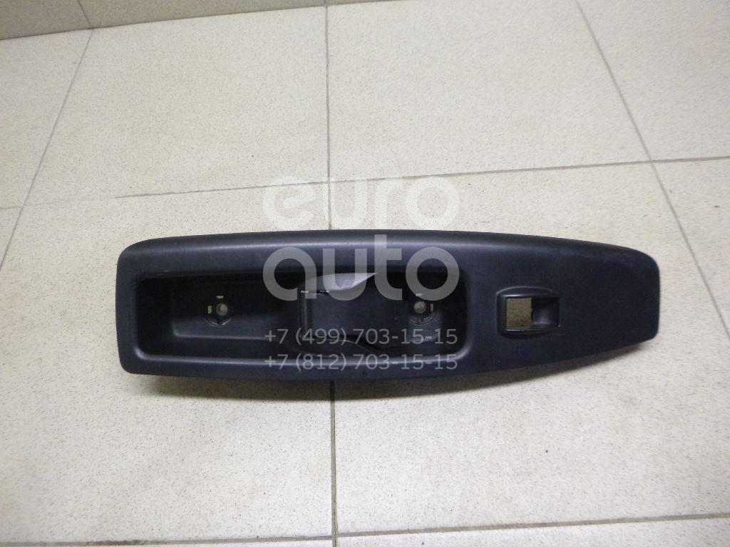 Купить Накладка блока управления стеклоподъемниками Fiat Doblo Nuovo 2010-; (735498675)