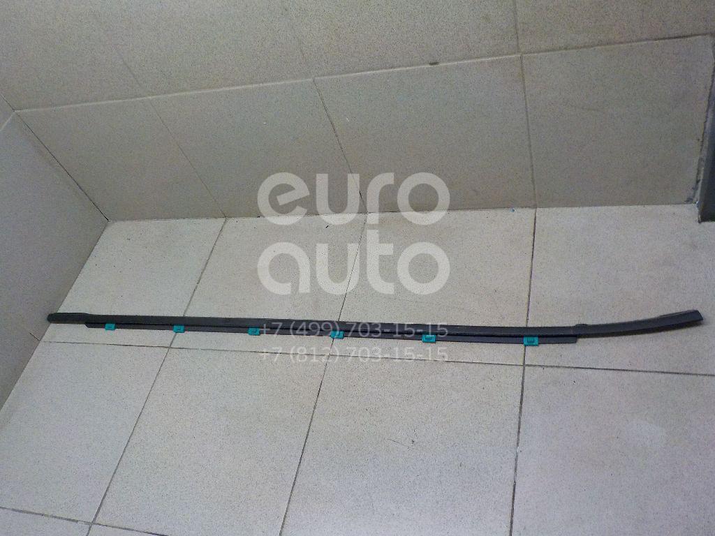Купить Накладка стекла переднего правого Hyundai i30 2012-; (82220A5000)