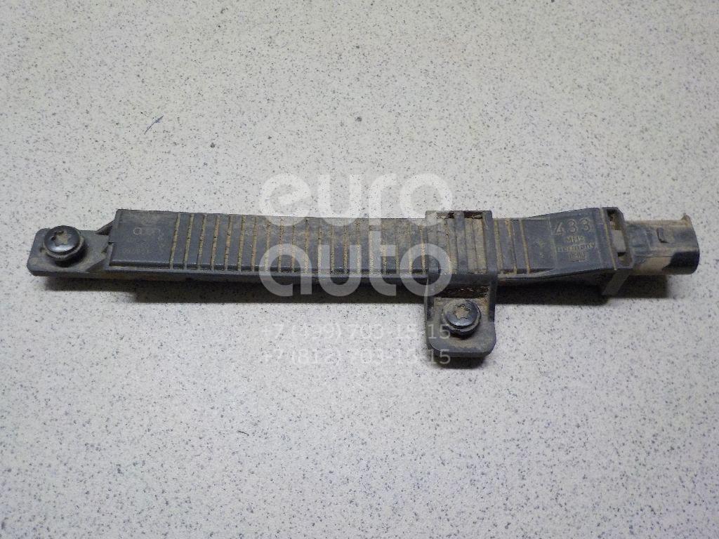 Антенна VW Touareg 2002-2010; (4D0907277)  - купить со скидкой