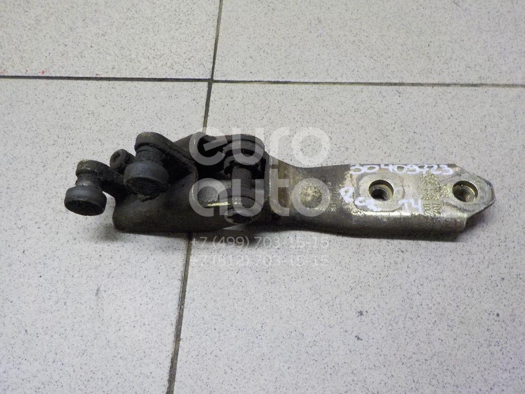 Купить Ролик двери сдвижной средний VW Transporter T4 1996-2003; (701843336A)