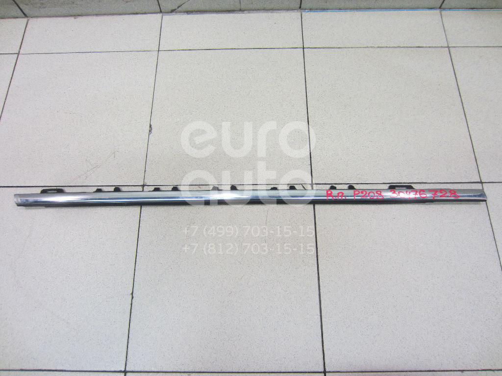Накладка стекла переднего правого Peugeot 208 2012-; (9673931380)  - купить со скидкой