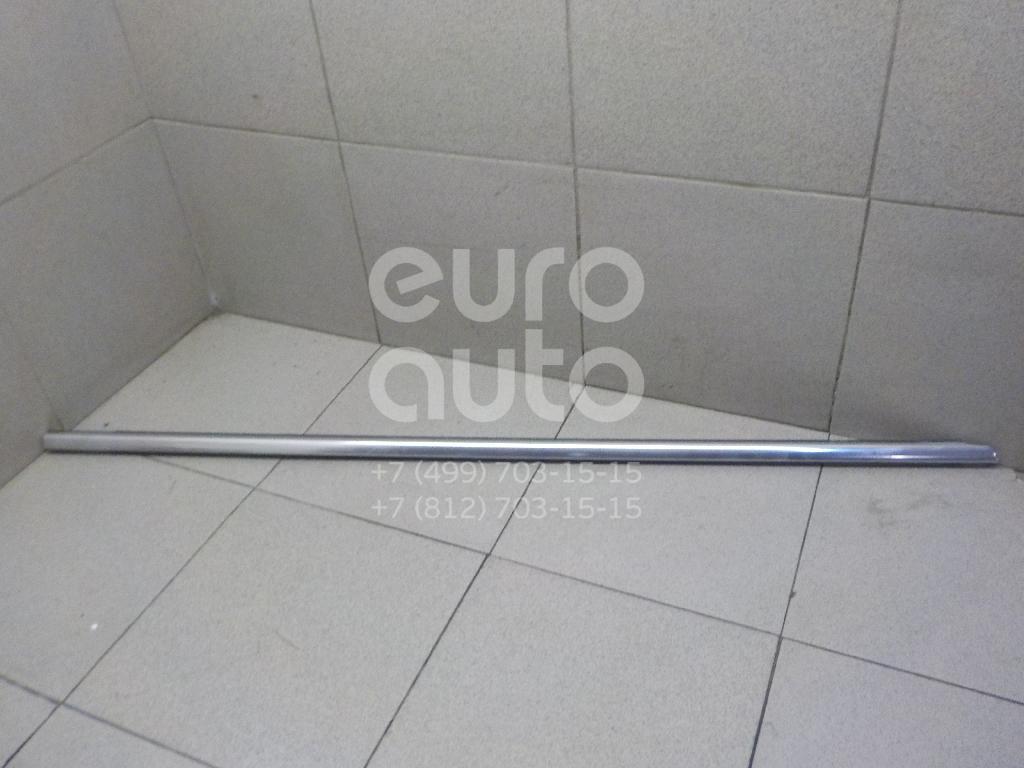 Купить Накладка стекла переднего правого VW Passat [B6] 2005-2010; (3C4837476B7Z7)