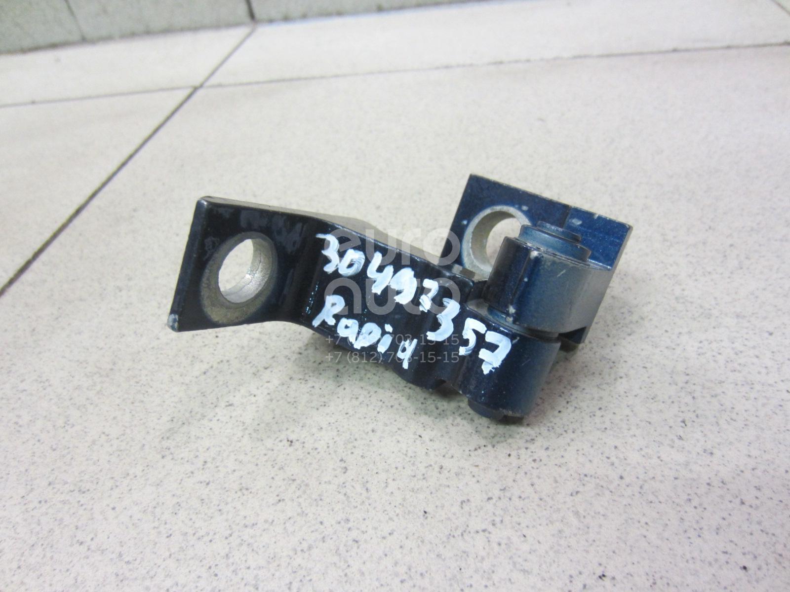 Купить Петля двери Skoda Rapid 2013-; (8K0831401P)