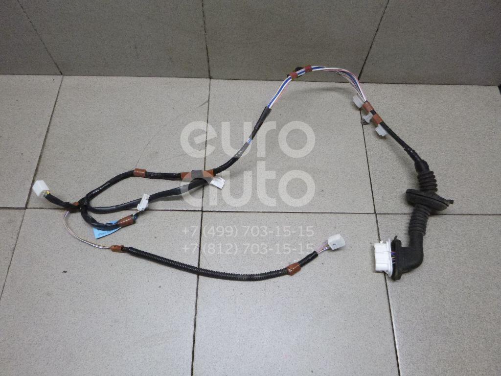 Купить Проводка (коса) Toyota RAV 4 2013-; (8215442040)