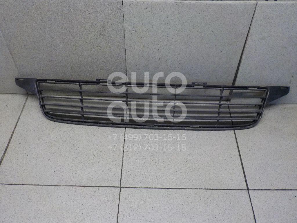 Решетка в бампер Toyota Avensis III 2009-; (5311205080)