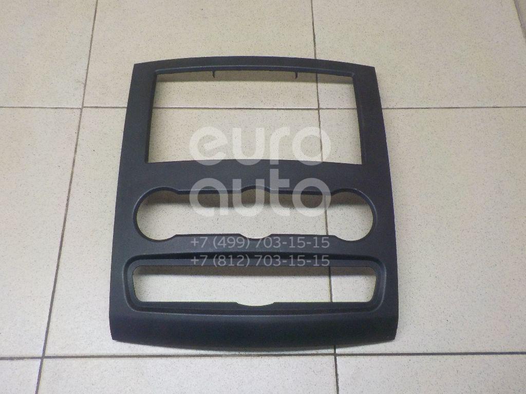 Купить Накладка декоративная Mercedes Benz Sprinter (906) 2006-; (9066800017)