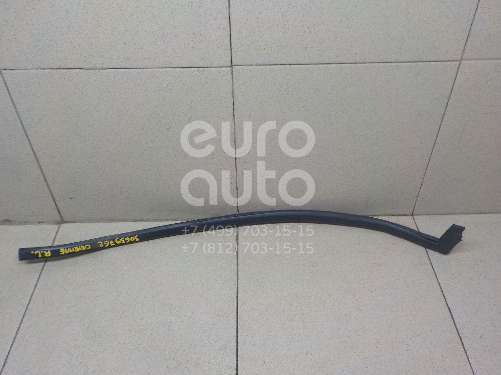 Уплотнитель двери Porsche Cayenne 2003-2010; (95553371700)