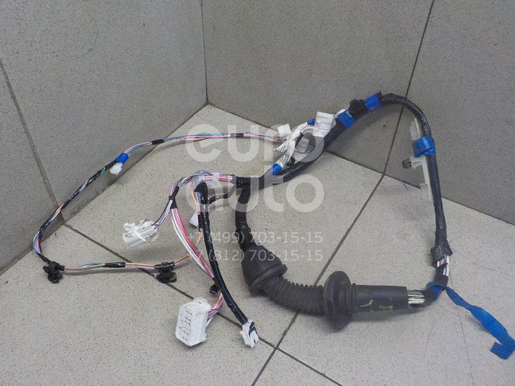 Проводка (коса) Toyota Yaris 2005-2011; (821520D410)