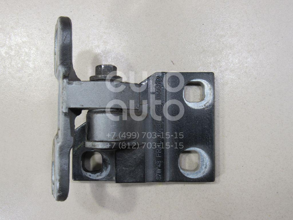 Купить Петля двери передней правой нижняя Volvo C30 2006-2013; (30762450)