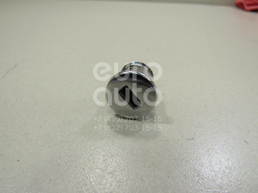 Купить Вставка замка бардачка VW Passat [B5] 2000-2005; (8L0857113A)