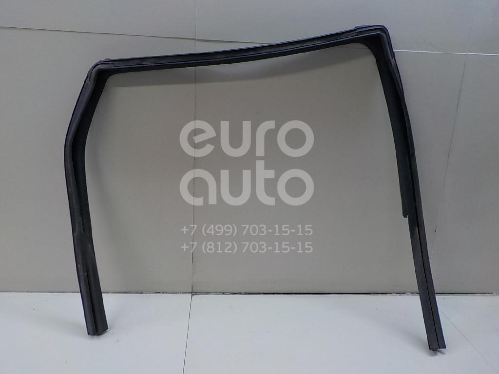 Купить Уплотнитель стекла двери Nissan Qashqai (J10) 2006-2014; (82330JD24B)