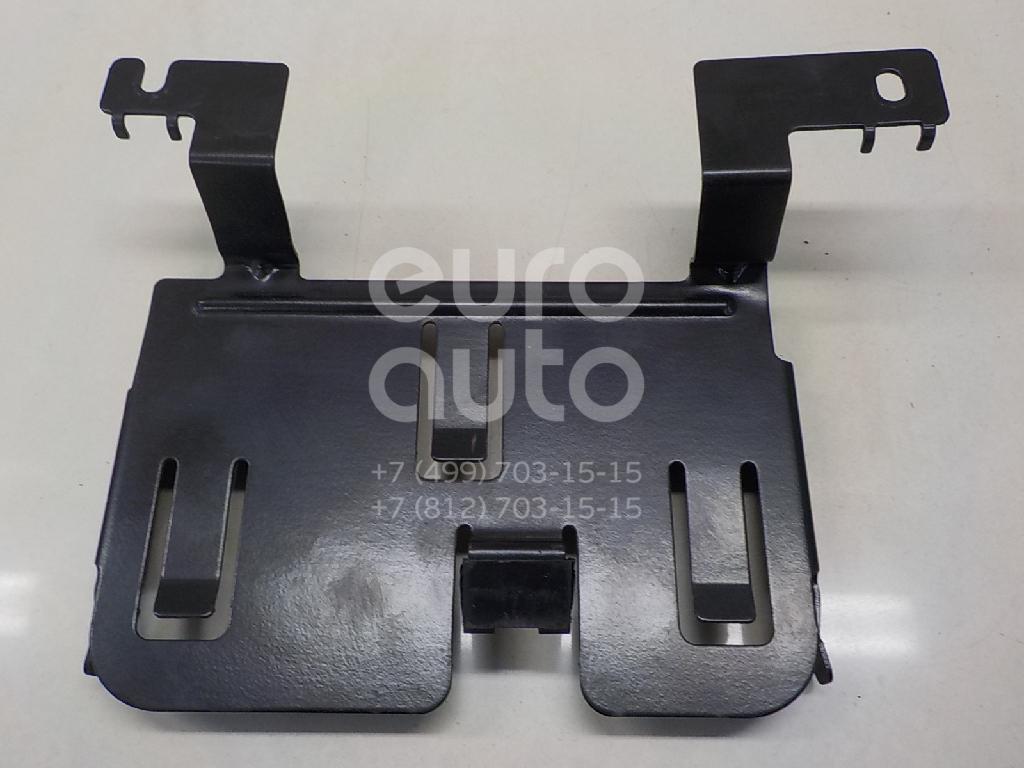 Купить Кронштейн (сопут. товар) VW Golf IV/Bora 1997-2005; (1J1906328D)
