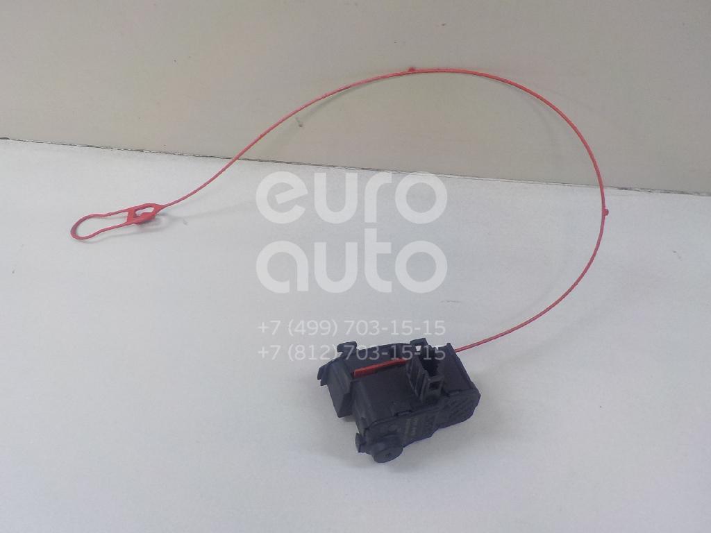 Купить Активатор замка крышки бензобака Audi A4 [B8] 2007-2015; (8K0862153F)