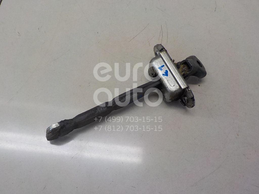Купить Ограничитель двери Toyota Corolla E18 2013-; (6863002250)