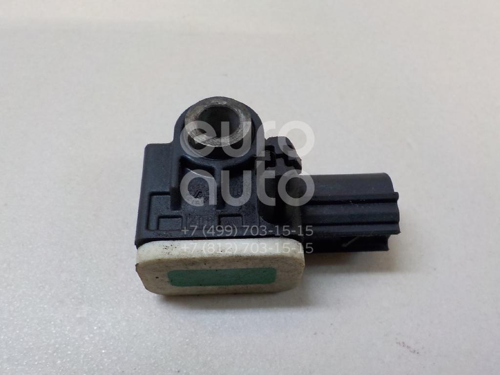 Датчик AIR BAG Ford Focus III 2011-; (8V4T14B006AA)  - купить со скидкой