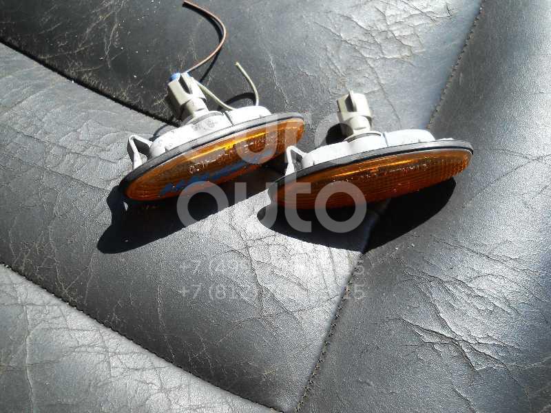 Повторитель на крыло желтый для Ford Maverick 2001-2006 - Фото №1