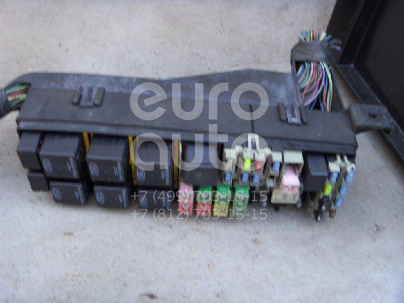 Блок предохранителей для Ford Maverick 2001-2006 - Фото №1