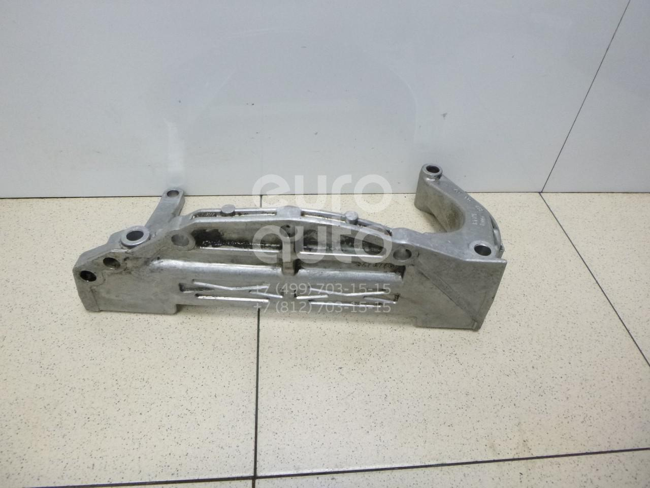 Кронштейн двигателя для VW,Audi Passat [B5] 1996-2000;A4 [B5] 1994-2001;A6 [C5] 1997-2004 - Фото №1