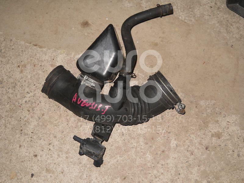 Патрубок воздушного фильтра для Toyota Avensis I 1997-2003 - Фото №1