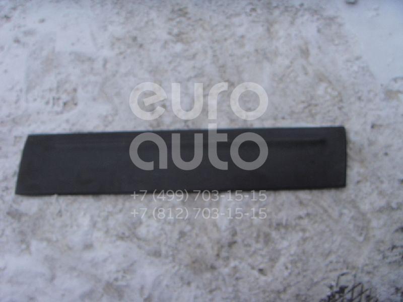 Накладка двери передней правой для Ford Maverick 2001-2006 - Фото №1