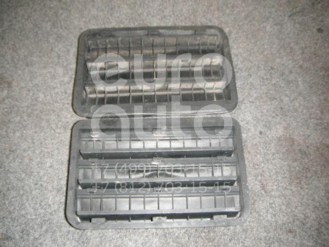 Решетка вентиляционная для BMW 5-серия E39 1995-2003;3-серия E46 1998-2005;X5 E53 2000-2007;6-серия E63 2004-2009;6-серия E64 2004-2009 - Фото №1