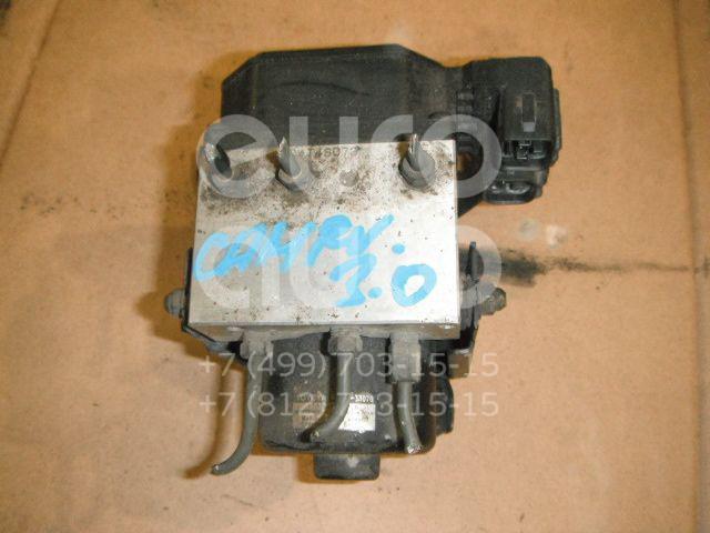 Блок ABS (насос) для Toyota Camry V20 1996-2001 - Фото №1