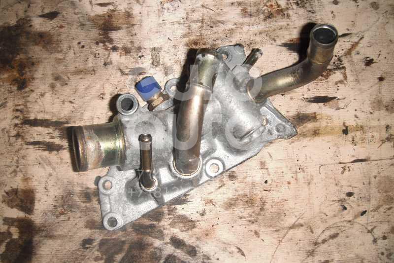 Фланец двигателя системы охлаждения для Nissan Note (E11) 2006-2013;Micra (K12E) 2002-2010;Qashqai (J10) 2006-2014;Tiida (C11) 2007-2014;Qashqai+2 (JJ10) 2008-2014 - Фото №1