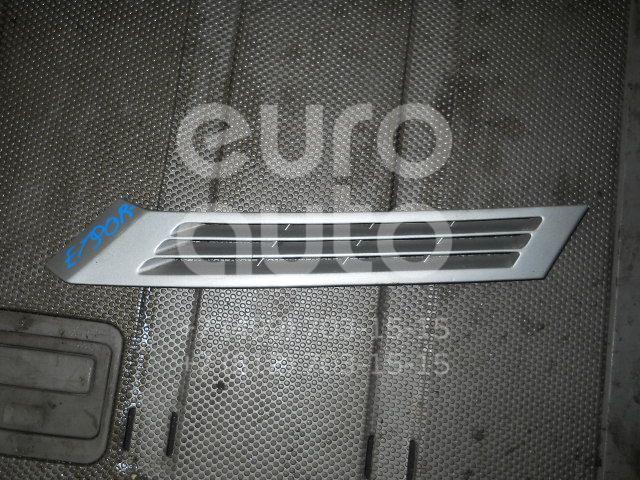 Накладка заднего крыла правого для Mercedes Benz W201 1982-1993 - Фото №1