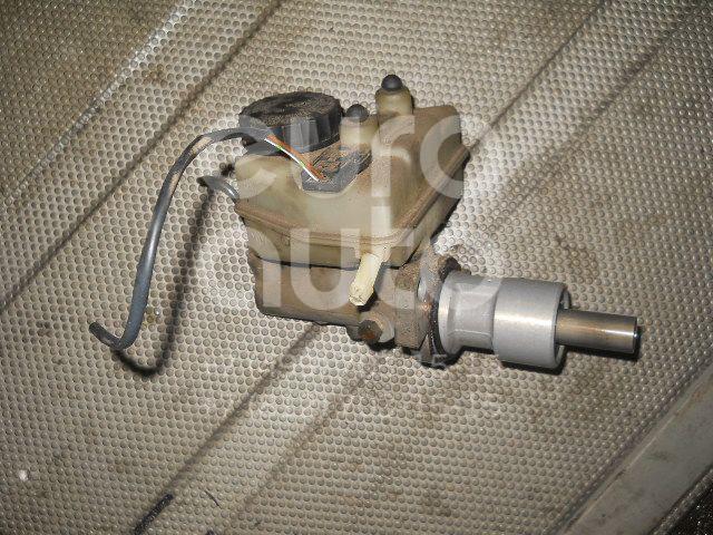 Цилиндр сцепления главный для Mercedes Benz W201 1982-1993 - Фото №1