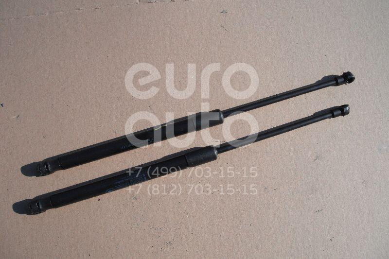 Амортизатор двери багажника для BMW 1-серия E87/E81 2004-2011 - Фото №1