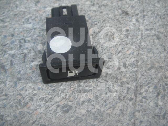 Кнопка открывания лючка бензобака для Toyota Avensis II 2003-2008 - Фото №1